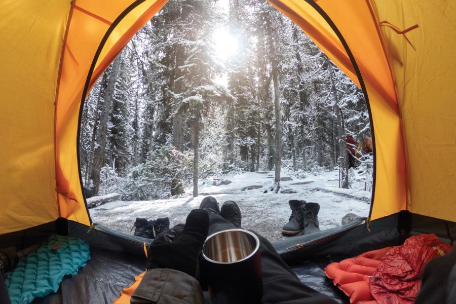 کمپینگ در زمستان راهنمای خرید چادر کوهنوردی