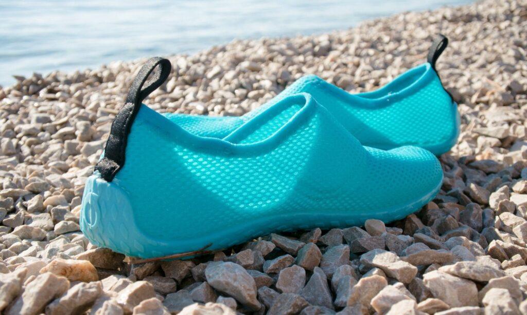 کفش ساحلی