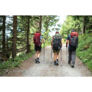 طبیعت گردی با کوله پشتی کوهنوردی کچوا